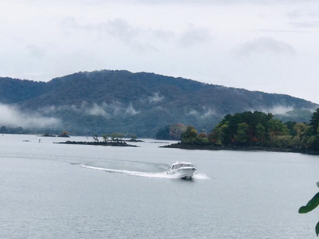 桧原湖 モーターボート