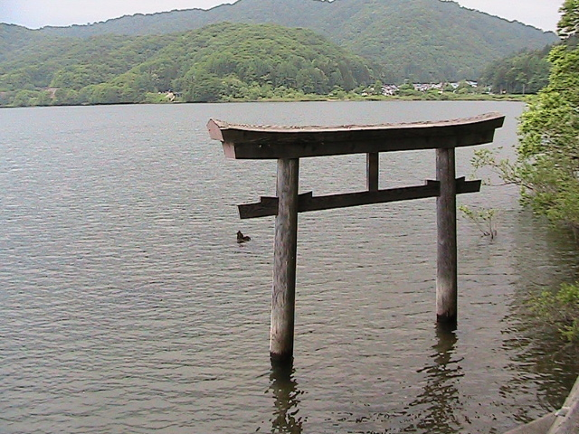 桧原湖 大山祇神社